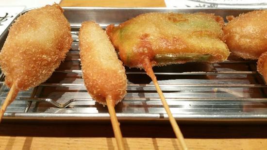 Kushikatsu Specialty restaurant Shinsaibashi Karratto