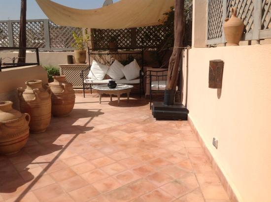 Riad 5 sens hotel marrakech maroc voir les tarifs 94 for Salon zen rabat tarifs