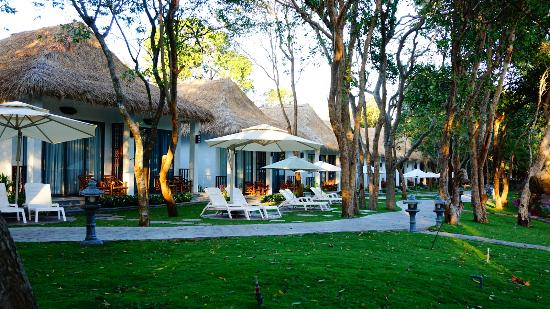 Saigon Hococ Seaside Beach Resort & Hotels: cảnh quang