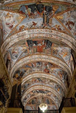 Los Remedios Convent : Magníficas pinturas al temple
