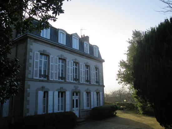 La maison garenne obr zek za zen maison de la garenne for Maison de la garenne vannes