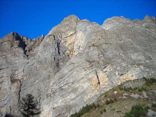 """Italian Alps, Itália: Le """"Barricate"""", Valle Stura di Demonte"""