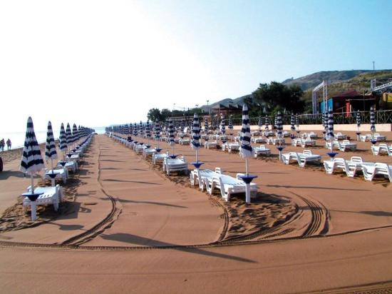 Hotel Villaggio CasaRossa: Spiaggia