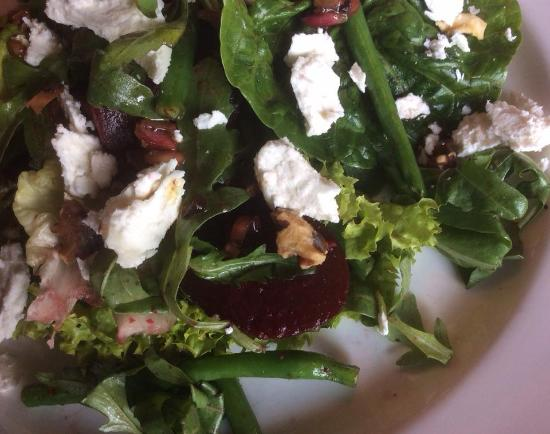 with lemon vinaigrette green beans and walnuts with lemon vinaigrette ...