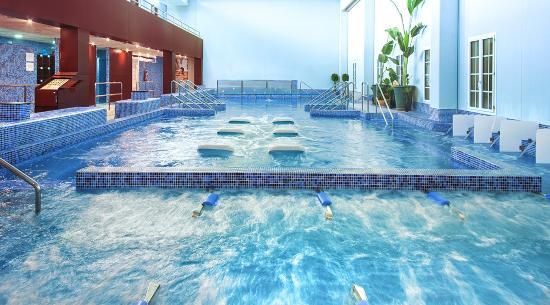 Hotel Balneario de Cofrentes: Piscina Centro Termal