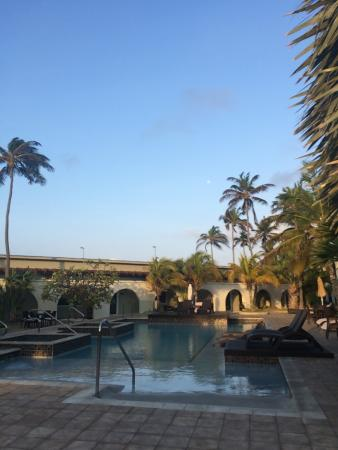 Talk of the Town Hotel & Beach Club: photo0.jpg