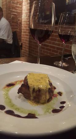 89 Fish & Grill: 4th course: A bacon wrapped filet with dijon hollandaise. Paired wit