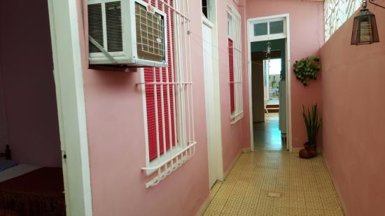 Casa Manolo: la coursive d'accès