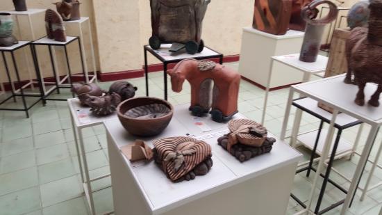 Gallery Larios