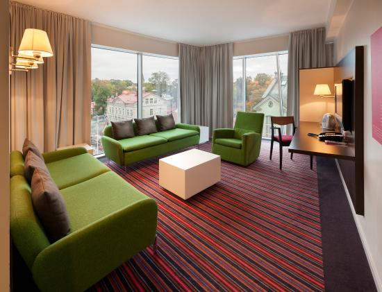 Park Inn by Radisson Meriton Conference & Spa Hotel Tallinn: 2 Room Suite