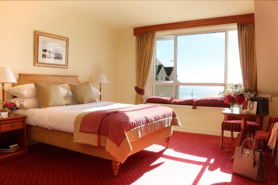 Galway Bay Hotel: Sea View Bedroom