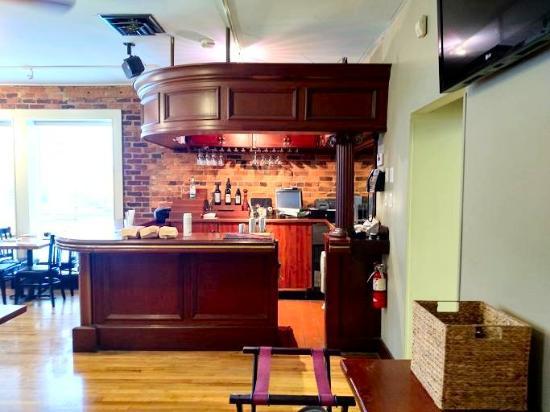 Spanky's Restaurant : 2nd floor bar
