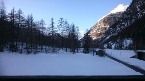 Randa, Suiza: DSC_0385_large.jpg
