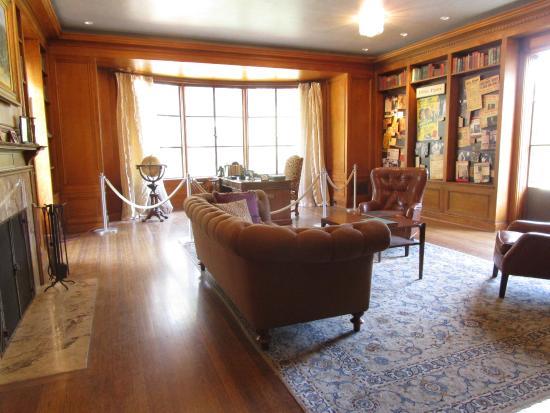 Descanso Gardens: Boddy House office