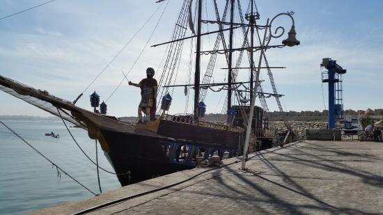 Bateau pirate photo de marina d 39 agadir agadir - Photo de bateau pirate ...