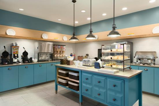 Country Inn & Suites By Carlson, Marquette: Breakfast Area