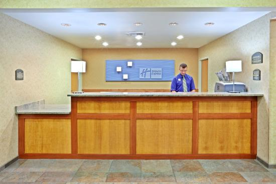 Holiday Inn Express Cheney - Front Desk