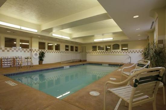 Holiday Inn Express Cheney - Indoor Swimming Pool