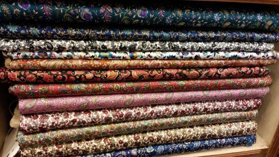 Shankar's Textile & Carpets