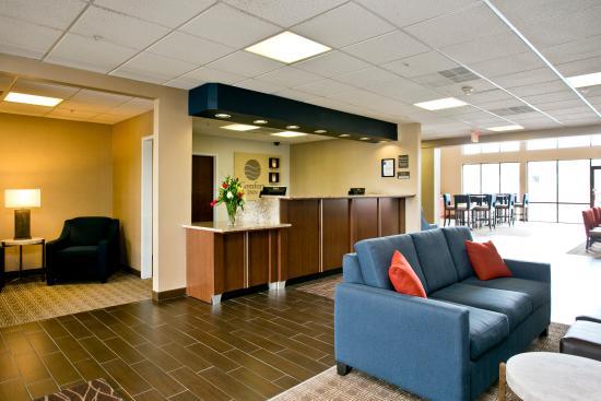 Comfort Inn Aikens Center: Lobby