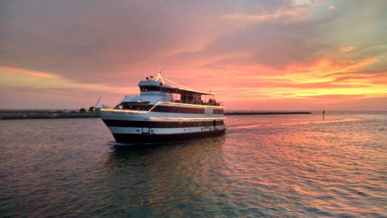 Starlite Majesty Dining Cruises Clearwater Fl Top Tips