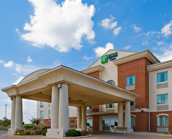 Photo of Holiday Inn Express Hotel & Suites Levelland