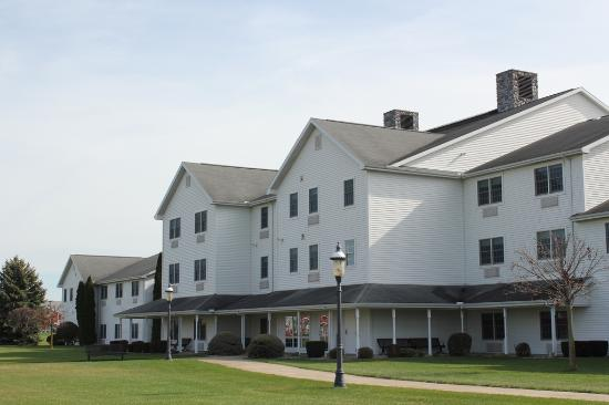 Farmstead Inn: Exterior View