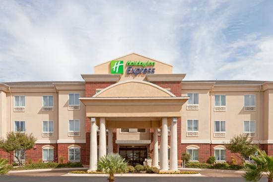 Holiday Inn Express San Angelo: Hotel Exterior