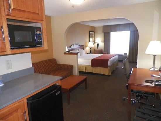 Forest, MS: Suite