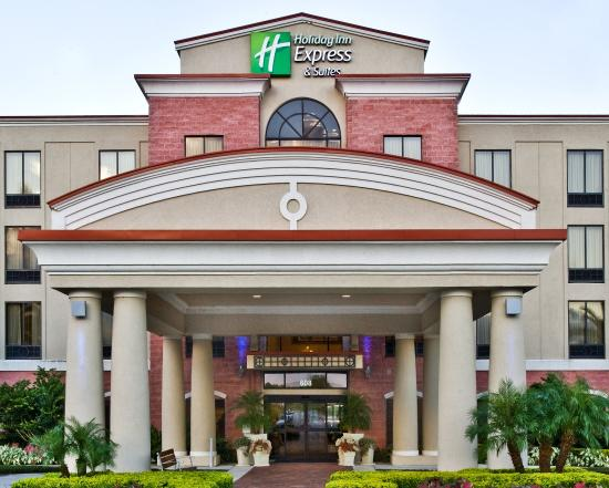 Holiday Inn Express Hotel & Suites Lake Placid: Hotel Exterior