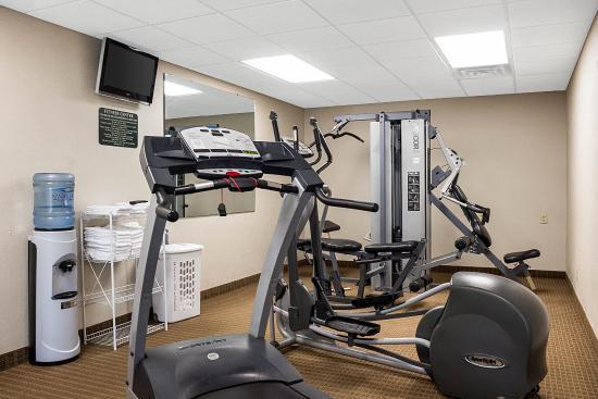 Quality Inn & Suites Jamestown: Fitness