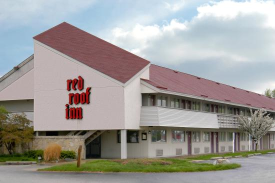 Red Roof Inn Benton Harbor St. Joseph: Free Parking