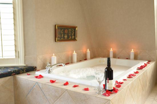 Harbour House Hotel : Honeymoon Suite