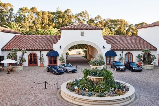Goleta, Καλιφόρνια: Bacara Arrival Courtyard