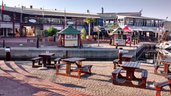 Knysna Quays and resteraunts view