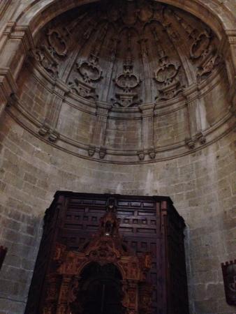 Iglesia de Padre Jesus: своды церкви.