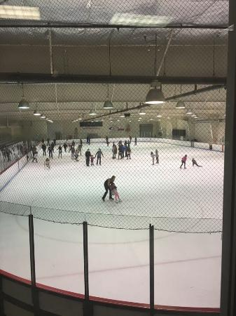Lynnwood, WA: Indoor Ice Center