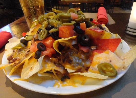 Baker's American Bar & Grille: Nachos