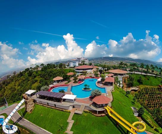 Hillary Nature Resort & Spa: Panorámica