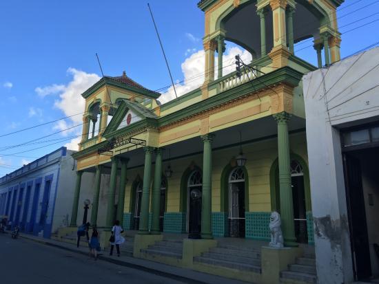 Natural History Museum (Museo de Historia Natural)
