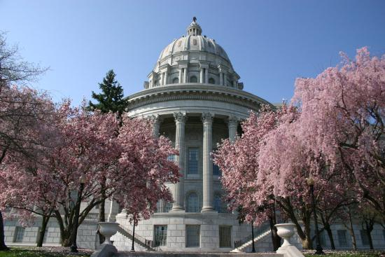 missouri state capitol in the spring picture of jefferson city rh tripadvisor ie
