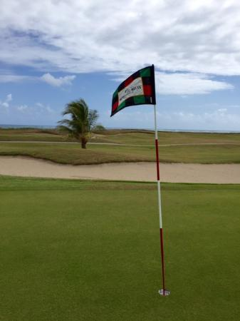 South Coast, St. Kitts: Nice ocean views begin on the back 9