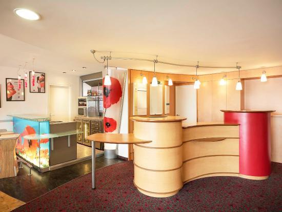 Ibis Narbonne: Interior