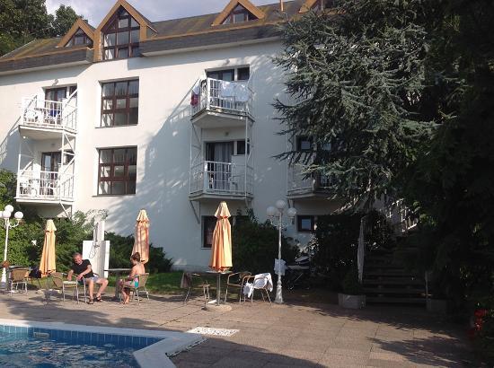 Hotel Monica Photo