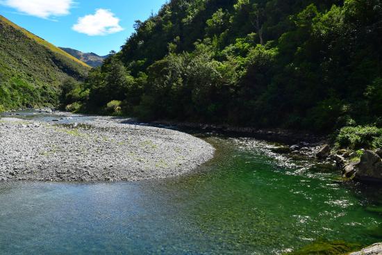 Ashley Gorge Holiday Park: Swimming hole, Ashley river