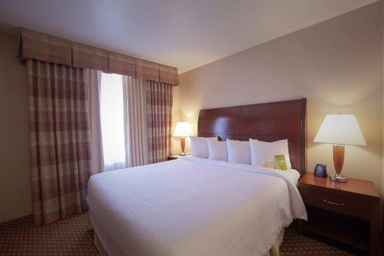 Hilton Garden Inn Albuquerque Uptown: King Room