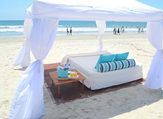 La Jolla Shores Park: San Diego Cabana Rentals