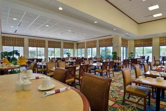 Great American Grill Picture Of Hilton Garden Inn Lake Forest Mettawa Lake Forest Tripadvisor