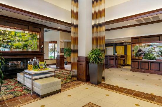 Mayfield, OH: Hotel Lobby