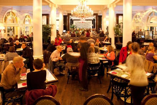 Hotel Shattuck Plaza: FIVE Restaurant & Bar